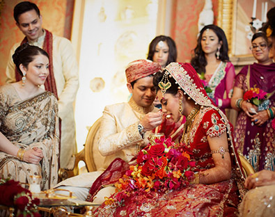 Capesthorne Hall has hoseted n=may Asian weddings and embraces the traditions of all faiths