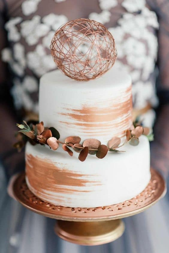Image Source - http://www.confettidaydreams.com/copper-metallic-and-blush-wedding-ideas/