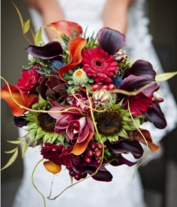 exotic-fall-wedding-bouquet